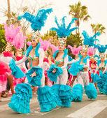 CORRALEJO - MARCH 17: Samba dancers taking part in Grand Carniva — Stock Photo