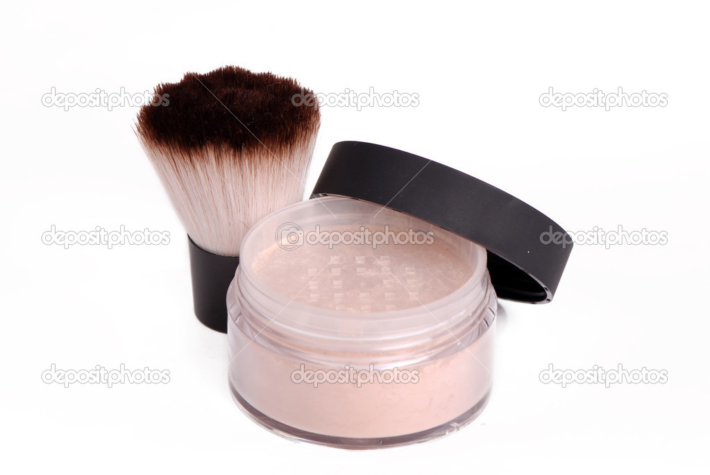 Studio photo of makeup brush and powder over white background on beauty theme — Stock Photo #9122541