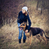 Master and her obedient dog — Foto Stock