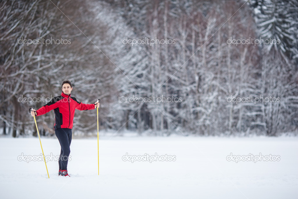 Cross-country skiing: young man cross-country skiing on a lovely snowy winter day — Stock Photo #9269974