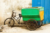Fahrrad auf straße — Stockfoto