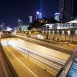 Traffic in downtown Hong Kong at night — Stock Photo