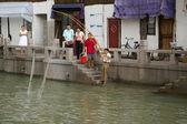 Rybář v shanghai, čína. — Stock fotografie