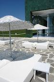 Regenschirme im hotel — Stockfoto