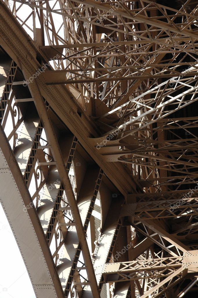 The Eiffel Tower. The fragments of construction and arch. Paris. France — Stock Photo #9654284