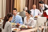 Business lunch restaurant eten van maaltijd — Stockfoto