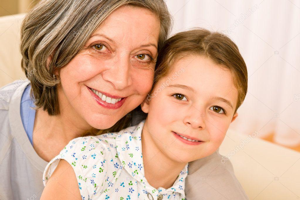 Смотреть бесплатно бабушка и внук 18 фотография