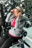 Fitness center senior woman exercise smiling — Stock Photo