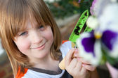 Child garden flowers planting plant gardening — Stock Photo