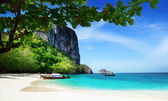 Beach on poda island in Thailand — Photo