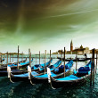 Gondolas on Grand Canal and San Giorgio Maggiore church in Venic — Zdjęcie stockowe