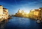 Grand Canal and Basilica Santa Maria della Salute, Venice, Italy — Stockfoto
