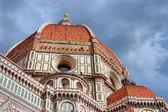 Duomo basilica di santa maria del fiore in Florence, Italy — Stock Photo