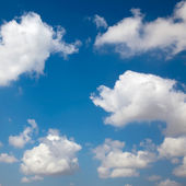 Blue sky with cloud background — Stock Photo