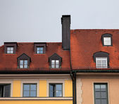 Close-up of houses with red tile roof in Munich, Germany — Stock Photo