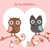 Valentine love card with owls and hearts — Stock Vector