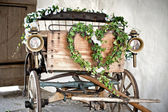 Wooden wedding carriage — Stock Photo