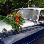 Wedding oldtimer car — Stock Photo