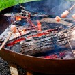 Cooking over bonfire — Stock Photo