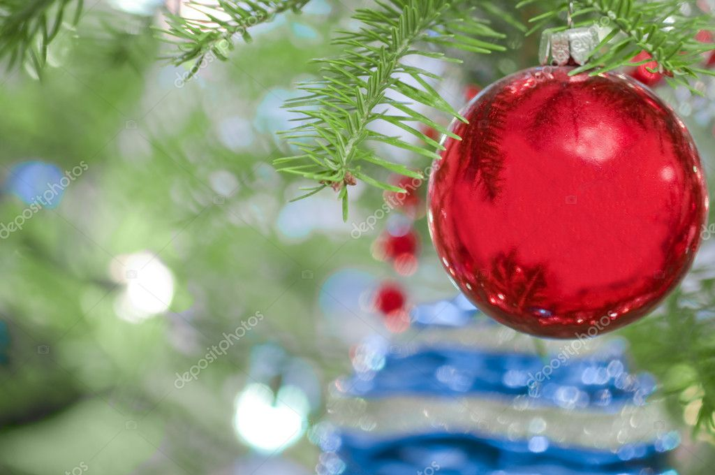 Christmas Ornaments in Tree — Stock Photo #8260110