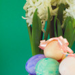 Easter concept with white hyacinth and painted eggs — Stock Photo