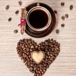 Valentines day coffee and cinnamon — Stock Photo