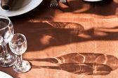 Glas och plåt på duken — Stockfoto
