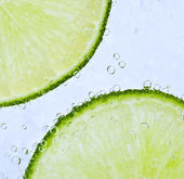 Bubbly lime — Stock Photo