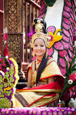 CHIANG MAI, THAILAND - FEBRUARY 4: Traditionally dressed smiling — Foto de Stock