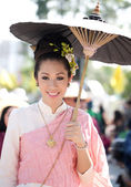CHIANG MAI, THAILAND - FEBRUARY 4: Woman Traditionally dressed — Stock Photo