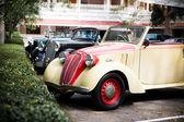 HUA HIN - DECEMBER 19: Cars on Vintage Car Parade 2009 at Sofite — Stock Photo