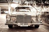 HUA HIN - DECEMBER 19: Mercedes on Vintage Car Parade 2009 at So — Stock Photo