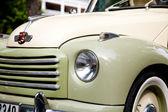 HUA HIN - DECEMBER 19: Part of Green Car on Vintage Car Parade 2 — Stock Photo