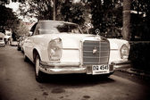 HUA HIN - DECEMBER 19: Old Mercedes on Vintage Car Parade 2009 a — Stock Photo