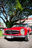 Mercedes Benz SL Pagode on Vintage Car Parade — Stock Photo