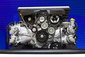 Subaru Boxer Engine 2.0 Litre on Display — Stock Photo