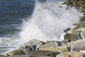 リグーリア海岸に砕ける波 — ストック写真