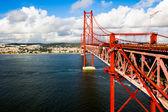 Red Suspension metallic Bridge in Lisbon — Stock Photo