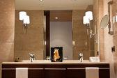 Luxury bathroom — Stock Photo