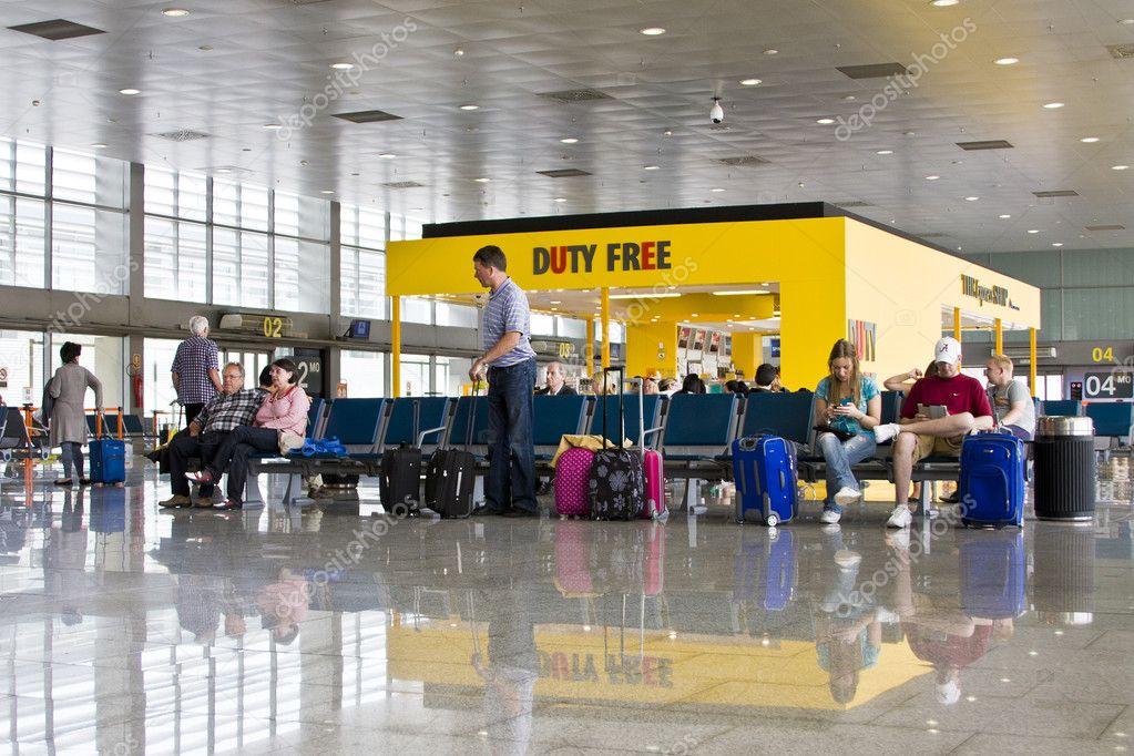Барселона аэропорт вылеты