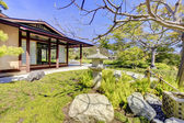 Japanese garden in San Diego with a house structure. — Stock Photo