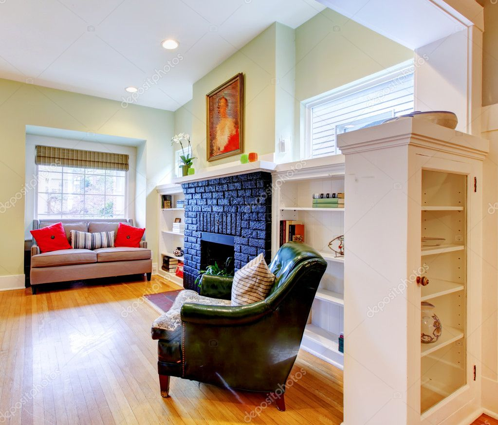Classic small old house living room interior stock for Old house classics