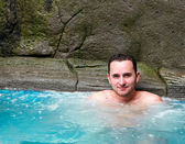 Mannen i badtunna — Stockfoto