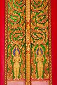 Tayland tapınak duvarındaki buda heykeli. — Stok fotoğraf