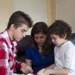 Hispanic Family Prayer Time — Stock Photo