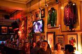 Inside the Hard Rock Cafe London — Stock Photo