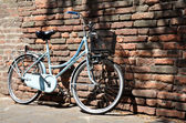 Old bike — Stockfoto