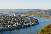 Koblenz (also Coblenz in English and Coblence in English and French), German city in Rhineland-Palatinate, situated on both banks of the Rhine at its confluence with the Moselle. — Stock Photo