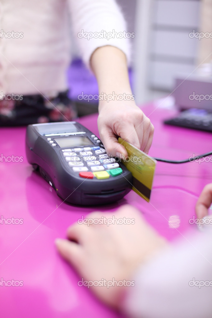 Credit card sale in shop  Stockfoto #8079414