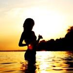 Woman in ocean — Stock Photo #8529274